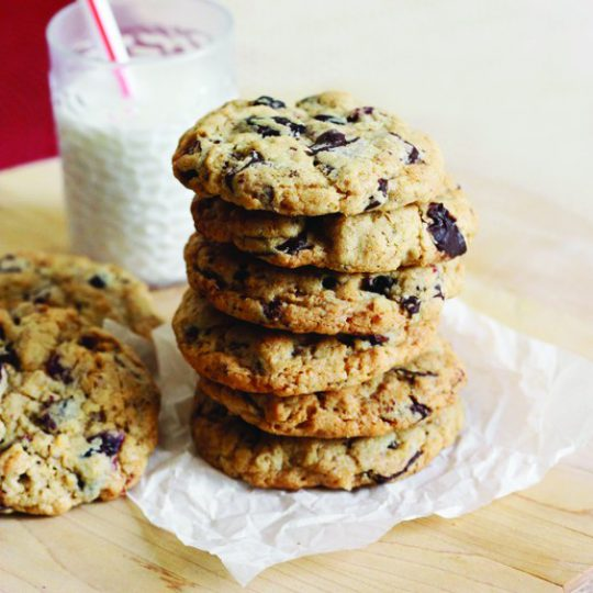Biscuits à l'avoine, à l'érable, aux canneberges et au chocolat noir