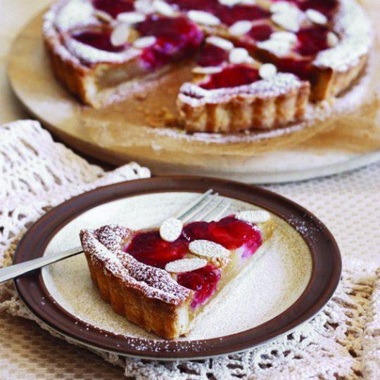 Tarte frangipane aux fraises et à l'érable